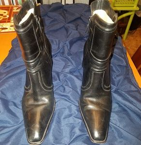 Cole Hann leather ankle boots